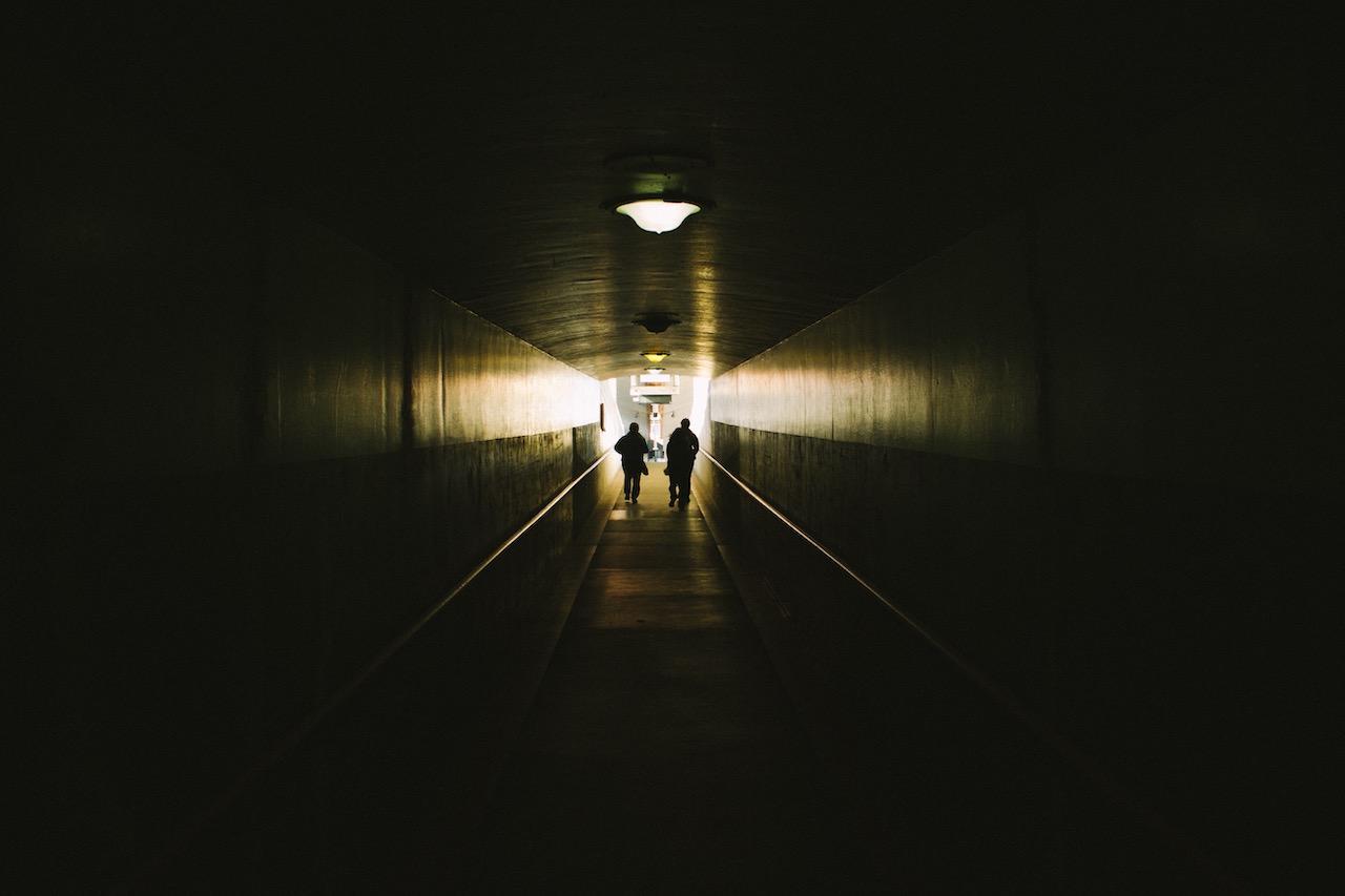 Svet v kontse tunnelya