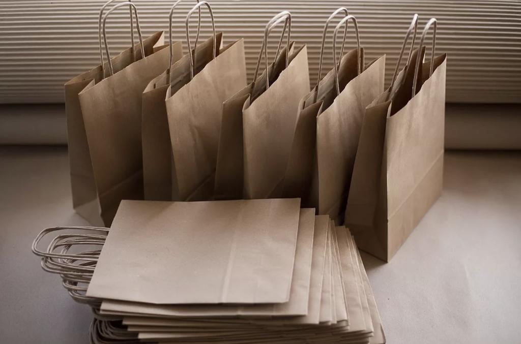 Proizvodstvo paketov iz bumagi