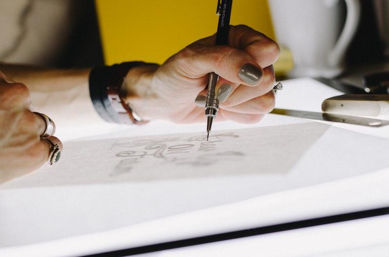 Studiya razrabotki logotipov